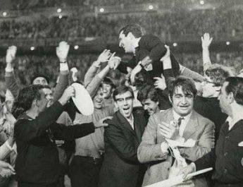 """Ortiz de Mendíbil… el árbitro que pitaba con un """"reloj de cocina"""" en el bolsillo… para que un pitido le avisase del final del partido…"""